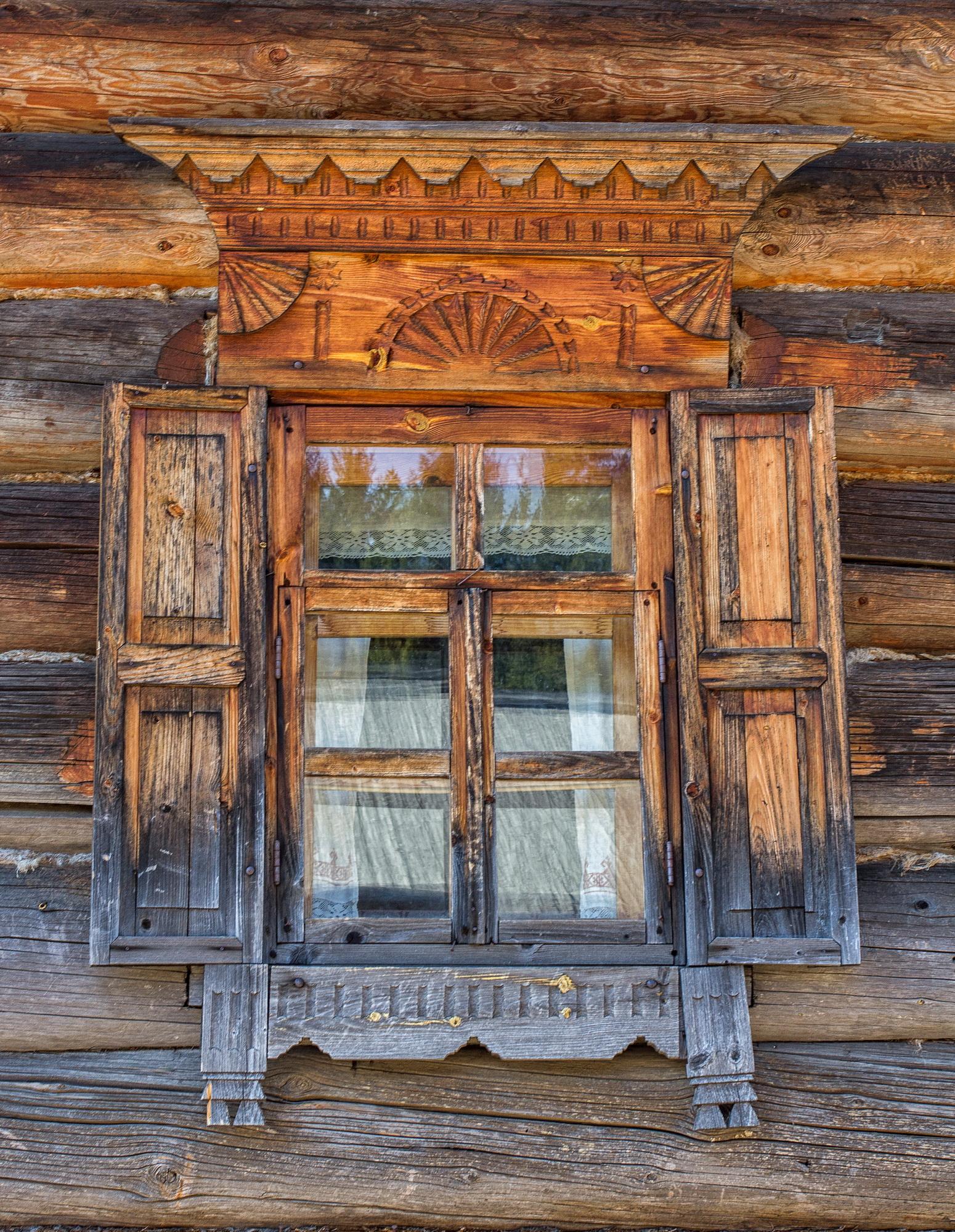 Деревянные ставни на окна фото